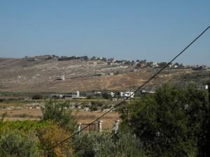 国境沿いの村ラマー(報告者撮影)