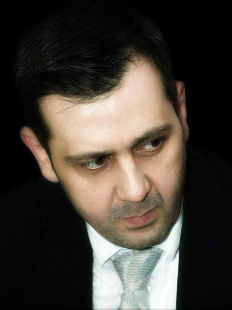 大統領の弟マーヒル・アサド : ...